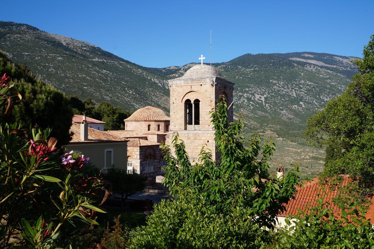 Осиас-Лукас - древний византийский монастырь тамплиеров