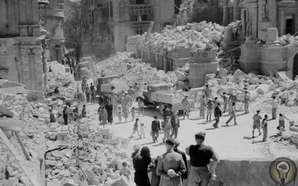 ОСТРОВ- ГЕРОЙ. МАЛЬТА- ЕДИНСТВЕННОЕ ГОСУДАРСТВО НАГРАЖДЁННОЕ ВЫСШИМ БРИТАНСКИМ ОРДЕНОМ СВЯТОГО ГЕОРГА. ОБОРОНА МАЛЬТЫ: ИЮНЬ 1940- ДЕКАБРЬ 1942. Непотопляемый авианосец Британской империи.