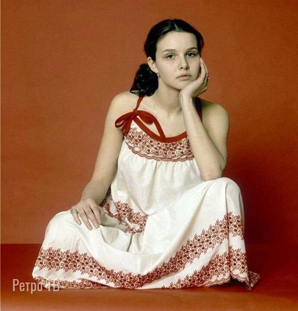 Татьяна Друбич - Российская врач-эндокринолог и актриса театра и кино, сегодня ее день рождения  А в каких фильмах она вам запомнилась