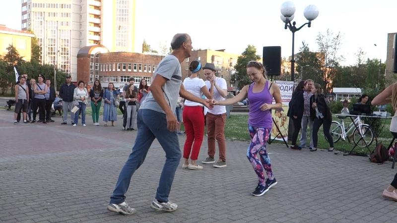 Танцы на Театральной площади г. Сыктывкара 29.07.2018 - 11 - Сальса