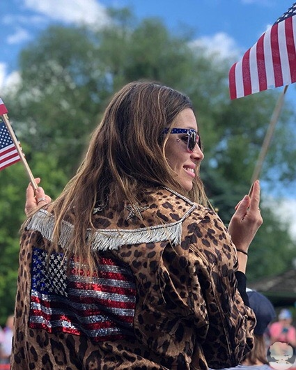 Джессика Бил и Джастин Тимберлейк отметили День независимости США вместе со своим сыном