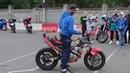 Обучение езде на заднем колесе мотоцикла от Андрея Кузьмина на открытом уроке в мотошколе Мастер