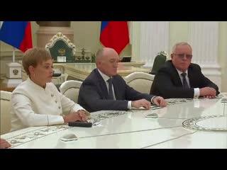Экс-губернатор Борис Дубровский на встрече с Путиным