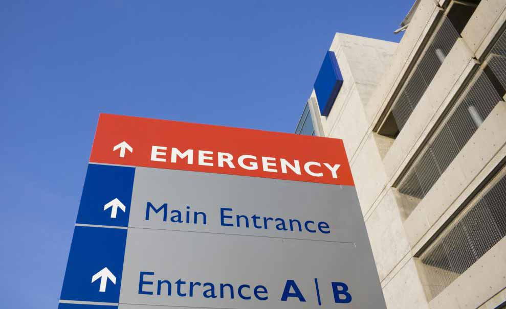 В отделениях неотложной помощи часто используются шприцы Туми для очистки ран перед их закрытием.