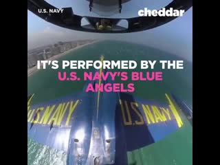 Подтвержденный The Blue Angels performing incredible aerial acrobatics.
