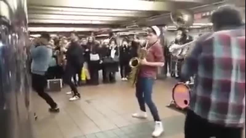 SAH Lucky Сhops Band Amazing Live Street Music Performance in NYC