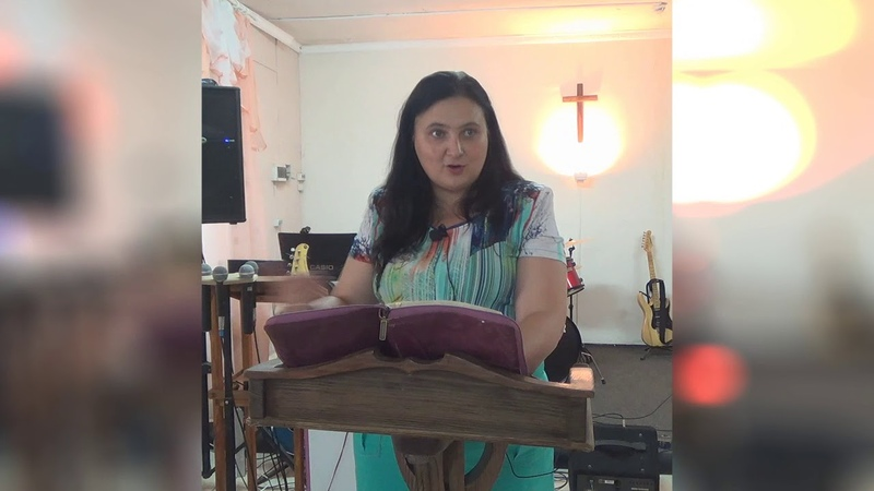 Церковь Живое Слово г. Кузнецк проповедует Лариса Шугурова Любовь - Совершенство 2