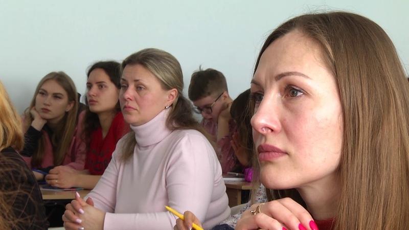 Провідні освітяни України провели майстер клас у Сумах