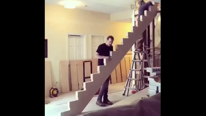 Лестница. Монтаж - Строим дом своими руками