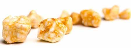 Когда организм вырабатывает высоконасыщенную, богатую холестерином желчь, могут образовываться желчные камни.