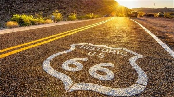 ШОССЕ 66 Шоссе 66 (US Route 66, трасса 66) - одна из самых популярных исторических автомагистралей США. Известная также как Мать дорог, Главная улица Америки, Большая диагональная дорога и