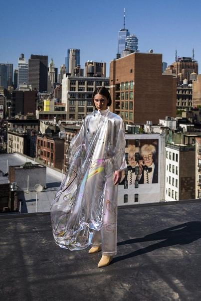 Первое в истории виртуальное платье продано за 9500 долларов