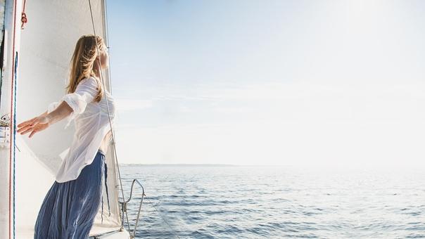 Я не в силах изменить направление ветра, но я могу повернуть свои паруса, чтобы всегда достичь заданной цели.