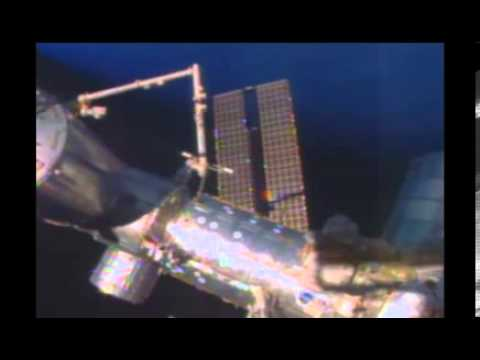 Golden Orb Hovers Near Space Station On Cam Jan 7 2014 UFO Sighting News