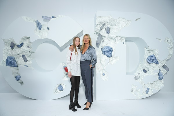 Кейт Мосс с дочкой Королева Летиция Биби Рекса Обри Плаза