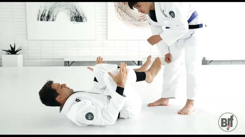 Rafael Mendes - 1 DETAILS FOR LEG POSITION WHILE PLAYING GUARD bjf_aoj