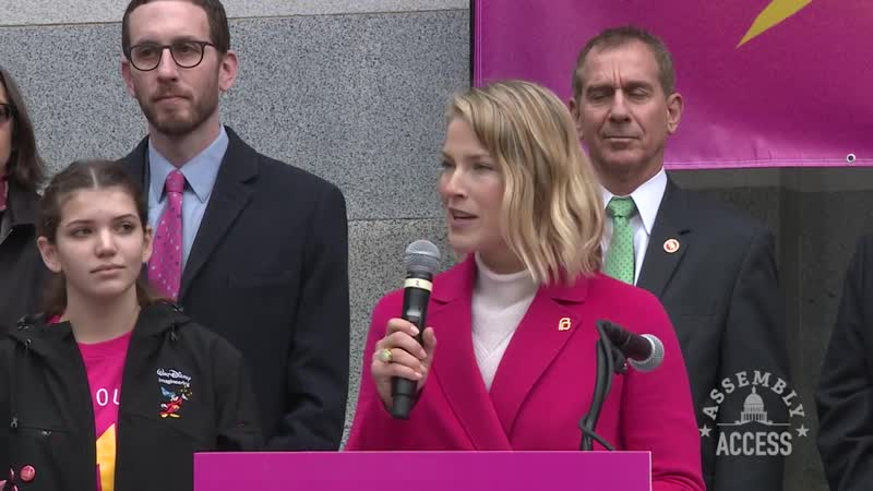 Speaker Rendon Rallies with Planned Parenthood on Capitol Steps