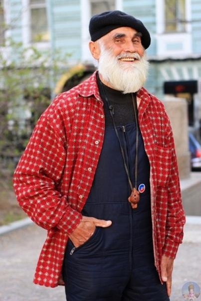 Игорь Гавар фотографирует русских пенсионеров, которые на удивление продолжают стильно выглядеть и радоваться