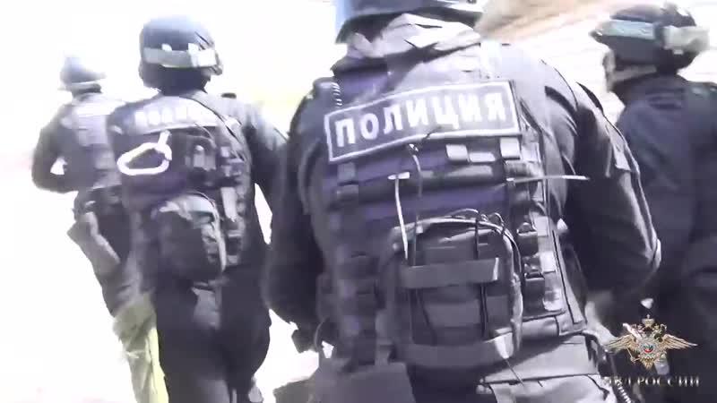 РАБОТАЕТ СПЕЦНАЗ ПОЛИЦИИ задержание грабителя оперативная съёмка