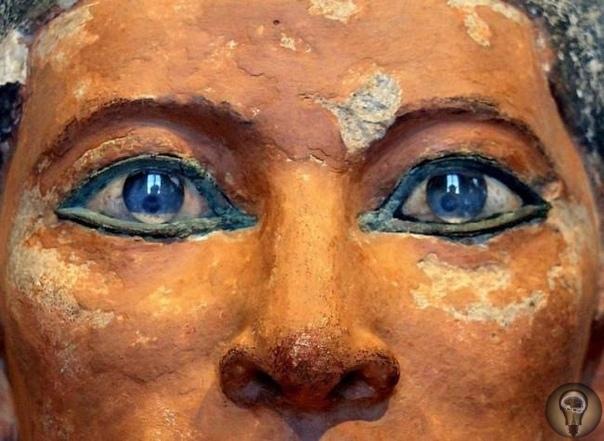 Тайны древнеегипетских статуй Отсутствие необходимого высокоточного оборудования, с помощью которого могли быть созданы многочисленные древнеегипетские артефакты, а также отсутствие следов