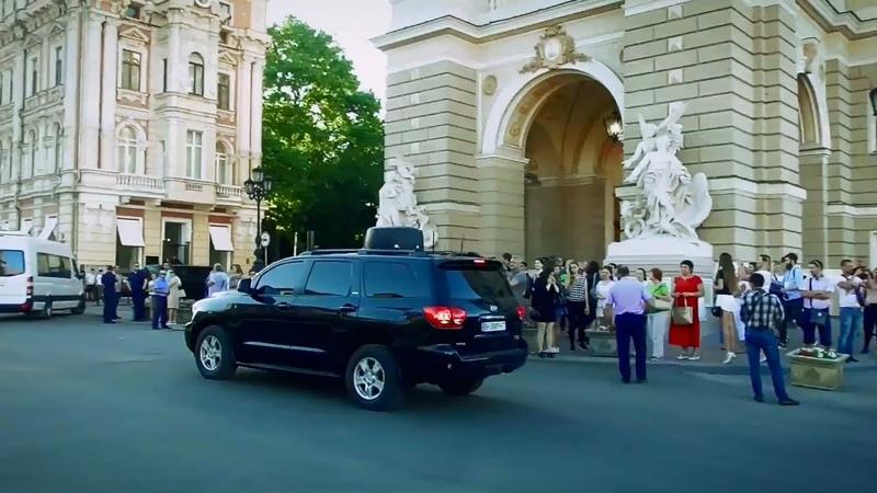 Кортеж Петра Порошенко в Одессе приехал на концерт The Motorcade of President Poroshenko Odessa