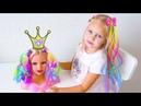 Алиса играет в САЛОН КРАСОТЫ с любимыми куклами !