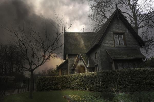 Призраки проклятого дома