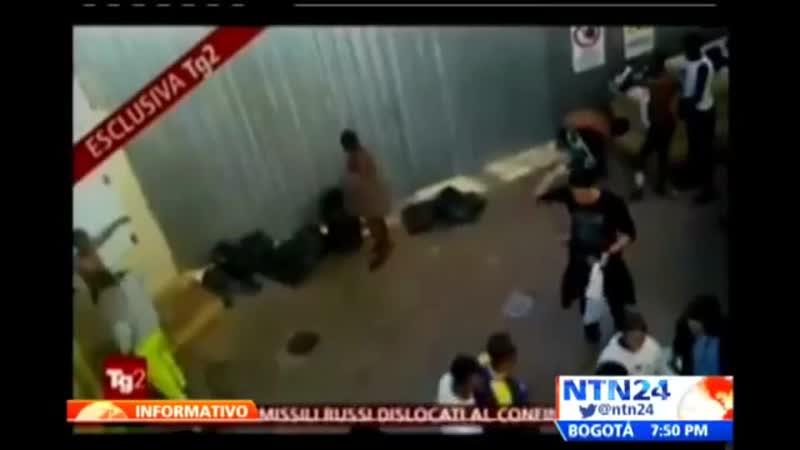 Video revela cómo en Italia fumigan a inmigrantes desnudos rescatados de Lampedusa (2013)