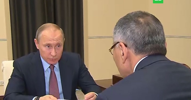 Это что то новенькое Путин возмущен поборами за парты в школах