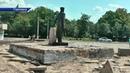 Коммунальщики Горловки реконструируют памятник Горлову и прилегающую к нему территорию