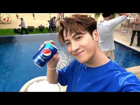 [EngSub] 190419 Jackson Wang GEM Deng Ziqi for Pepsi CF filming 王嘉尔 邓紫棋 百事广告