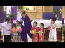 7 Bạn Nhỏ Đến Với Lòng Chúa Thương Xót Dành Tặng Heo Đất Để Làm Việc Bác Ái