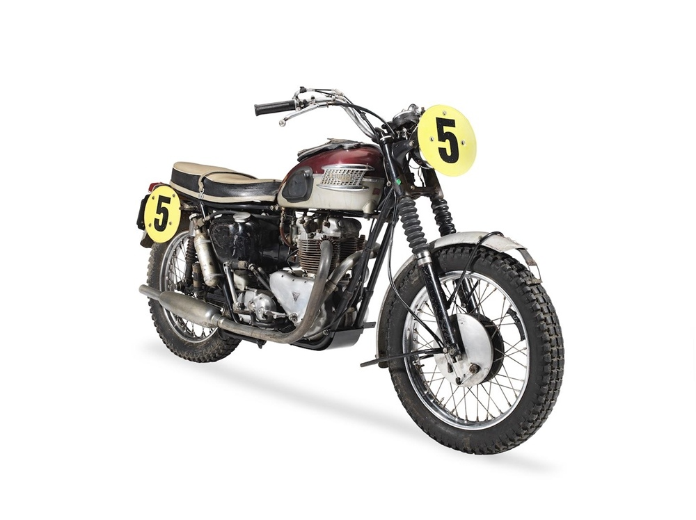 Мотоцикл Triumph TR6SS Бада Экинса продали с аукциона за рекордные деньги