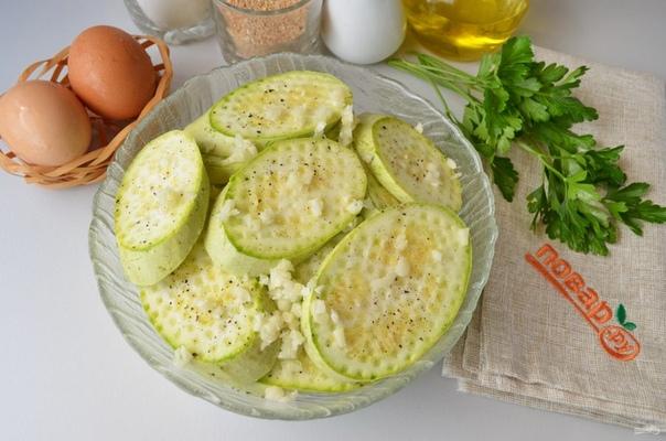 Вегетарианские отбивные из кабачков.