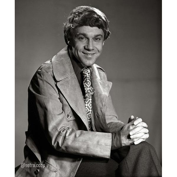 Актер Александр Леньков, сегодня его день рождения Мне посчастливилось знать этого прекрасного, солнечного человека лично на протяжении более 30-ти лет .. В каком фильме он вам запомнился больше