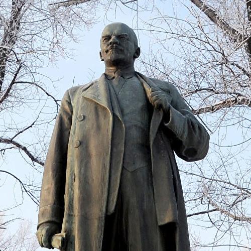 На реконструкцию памятников Ленину направят более 2 млрд рублей