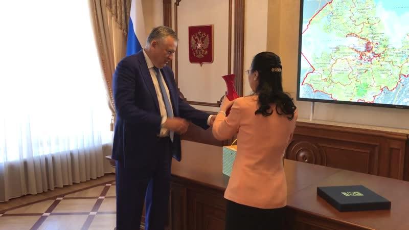Александр Дрозденко встретился с Генеральным консулом Китая 02