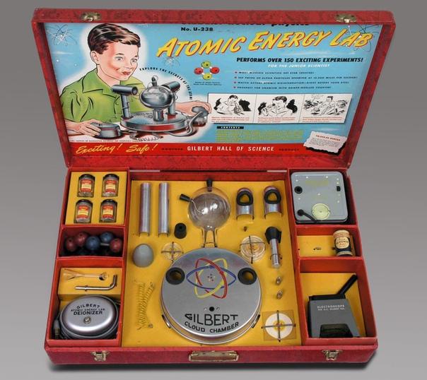 Детская игра из 1950-х призывала школьников ставить опыты с настоящим ураном