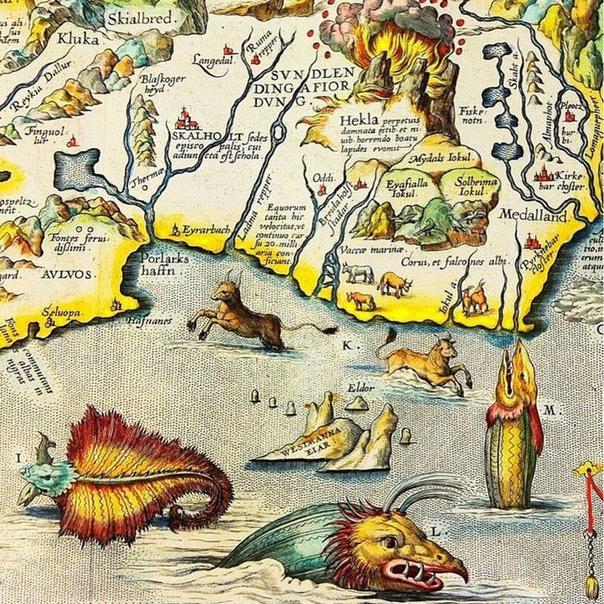 Полюбуйтесь, какие замечательные морские монстры водились на старинных картах  в данном случае на карте Исландии 1594 года