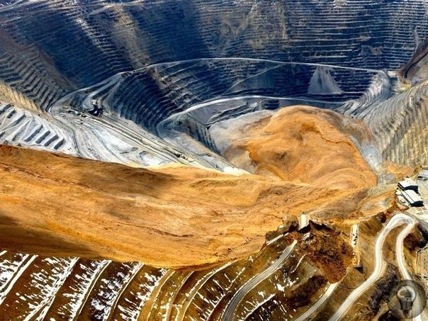 Самый большой и одновременно самый глубокий открытый карьер в мире, находится в американском штате Юта, на юго-западе от Солт-Лейк-Сити