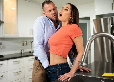 Porno Brazzers A Wife's Ex