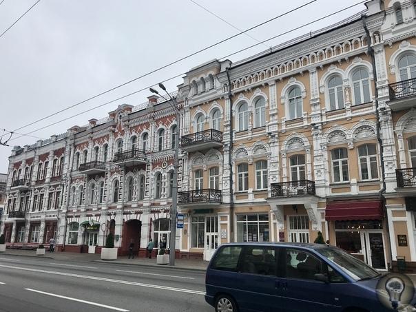 НАЗАД В СССР ГОМЕЛЬ На протяжении пары десятков лет мне порой снится странный повторяющийся сон я иду по безлюдной улице незнакомого города, среди спящих домов сталинской застройки, молча