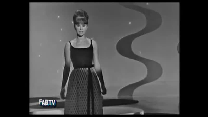 Astrud Gilberto and Stan Getz - The Girl From Ipanema (1964)