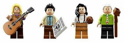 """Компания LEGO выпустила набор, посвященный сериалу """"Друзья"""""""