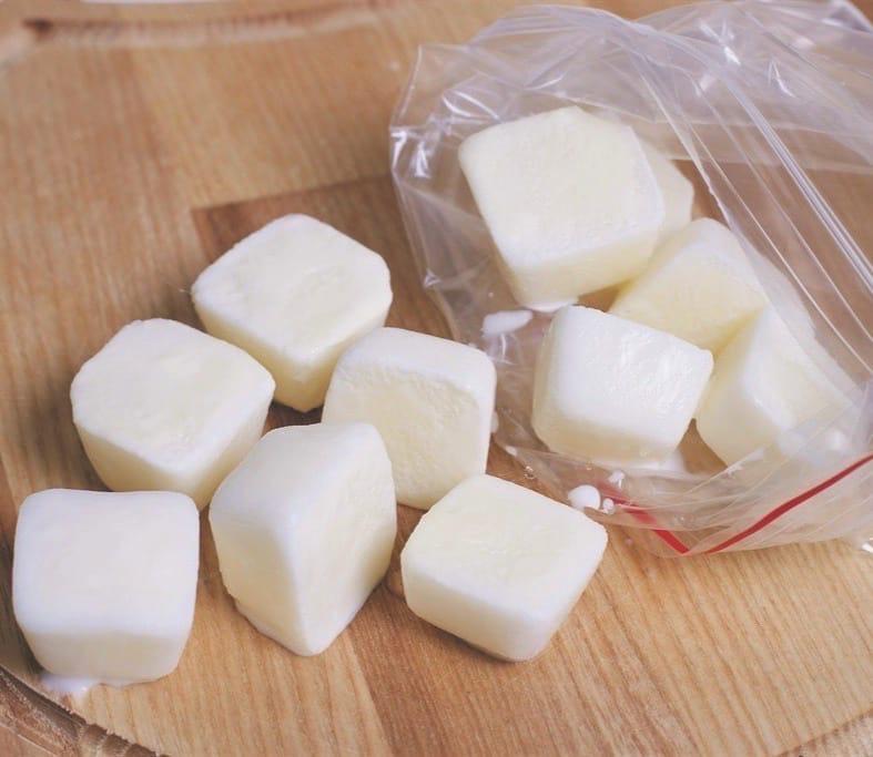 Вы знали, что есть замороженное молоко? Оно не портится, и всегда может приятно...