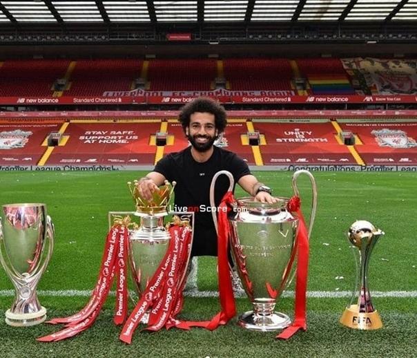 💬 Салах: «Всегда говорил, что хочу выиграть АПЛ и ЛЧ с «Ливерпулем». Взяли всё, к счастью» 💪🏻
