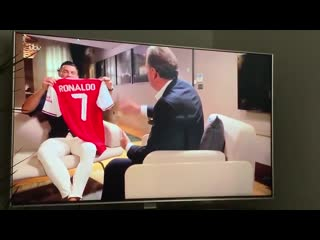 Cristiano ronaldo on how close he was to joining arsenal & the respect he has for the club & arsène wenger.