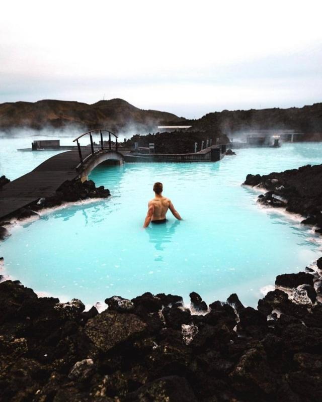 Туристические места в Instagram и в жизни