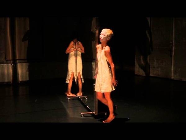 CELLuLOID / ein Butoh Experiment mit Yuko Kaseki und 4RUDE (Maco, Hikaru Inagawa)