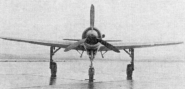 НЕМЕЦКИЙ ВОЗДУШНЫЙ ТЯНИ-ТОЛКАЙ Одним из наиболее известных самолетов, выполненных по необычной компоновочной схеме и запущенных в серийное производство, был немецкий Do 335«Пфайль» (нем.